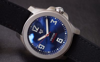 VIS1935 UPRISING /BLUE NO DATE/